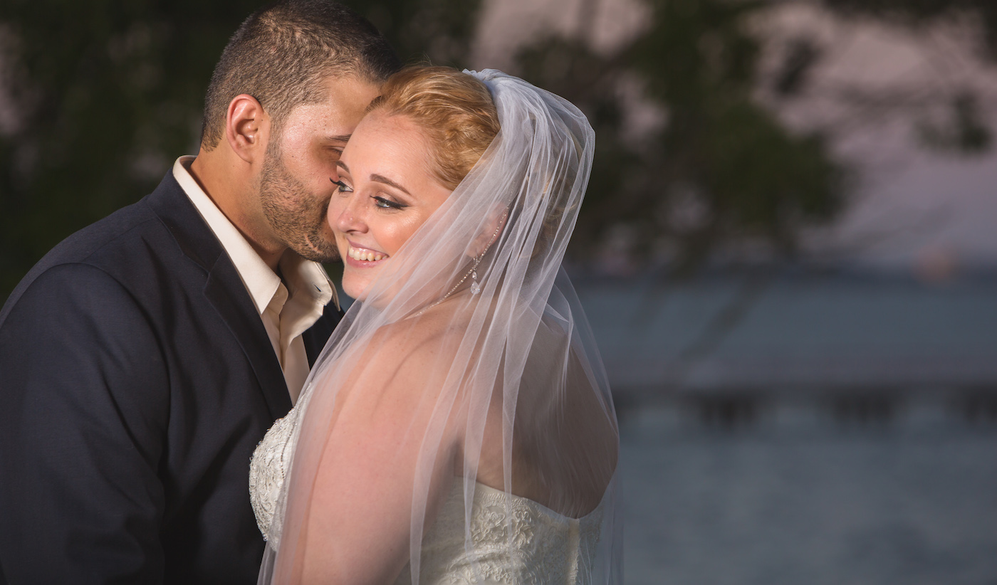 Getting the best Wedding Photographer to photograph your wedding take patience and research. Alfredo Valentine is among the worlds best Wedding Photographers based in Fort Lauderdale Florida.